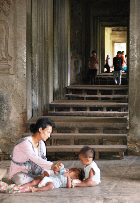 Mother and child inside Angkor