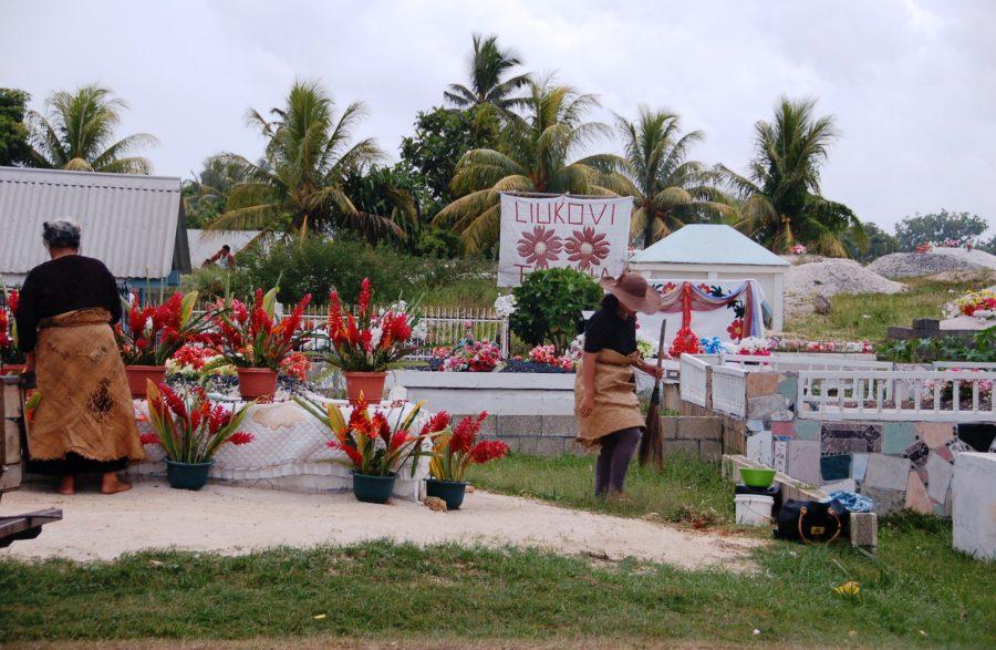Tending a Graveside along Vuna Road, Nukualofa, Tongatapu, Tonga
