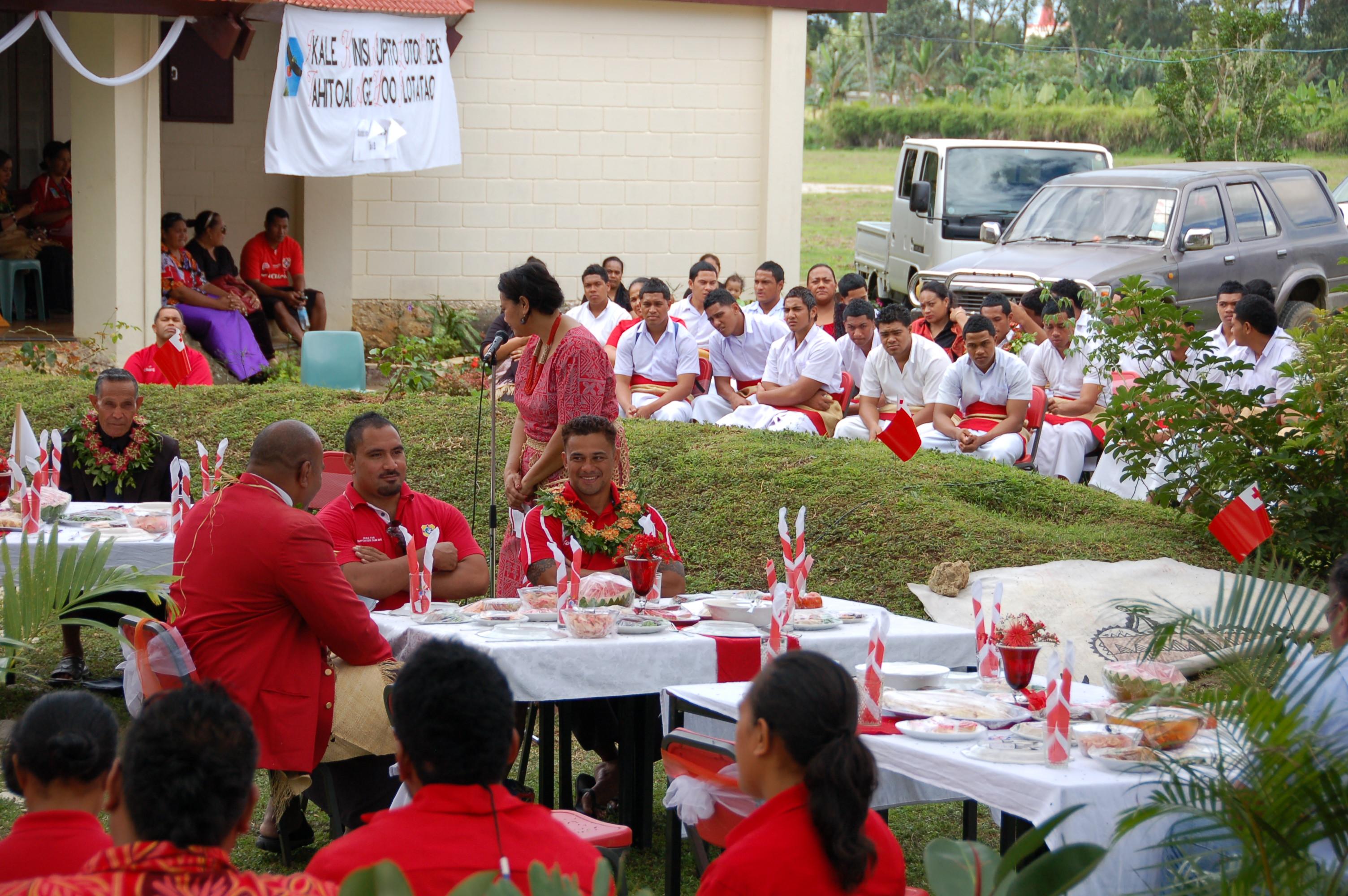 Ikale Tahi Team Members at University of South Pacific Tonga lunch