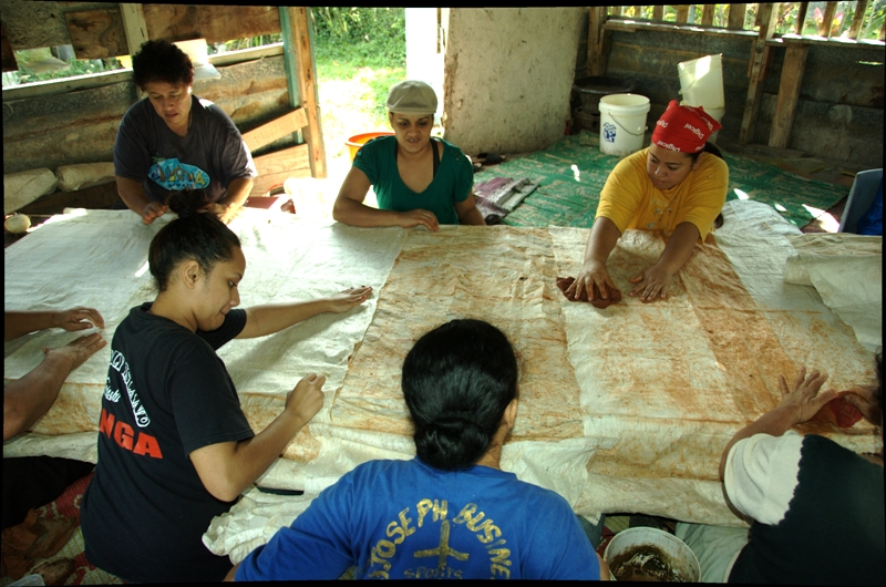 Tapa Making: Reinforcing tapa cloth with a double layer