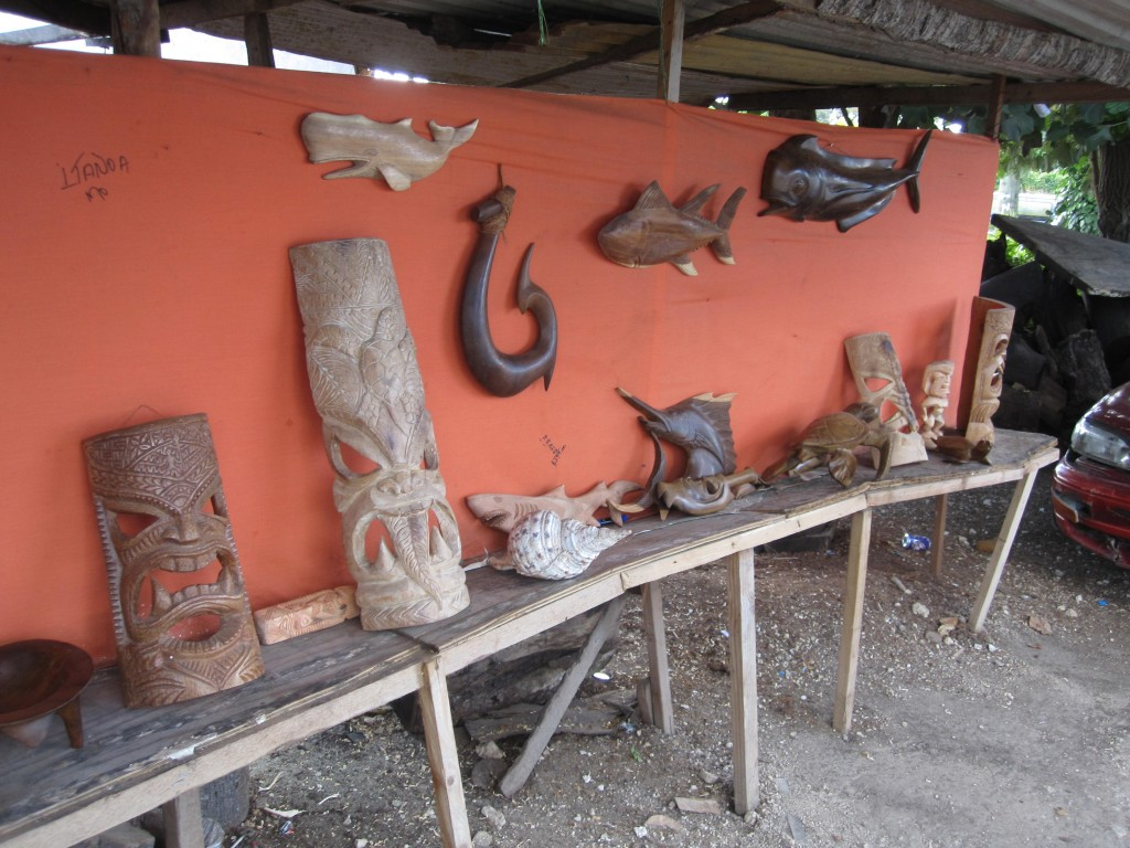 Wood Carving Stall along Vuna Road