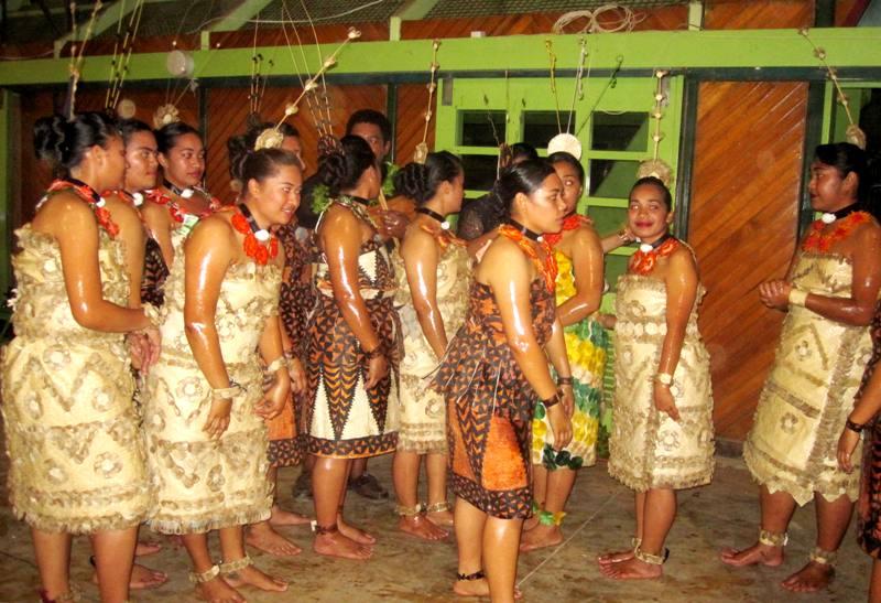 July-30-2011-Tonga-.China-cultural-expo (1)