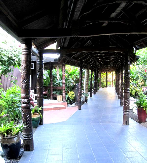 Bungalows and walkway. Aggie Greys Apia