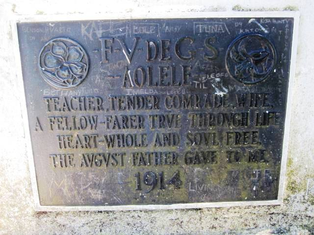 Fanny Stevenson's Tomb