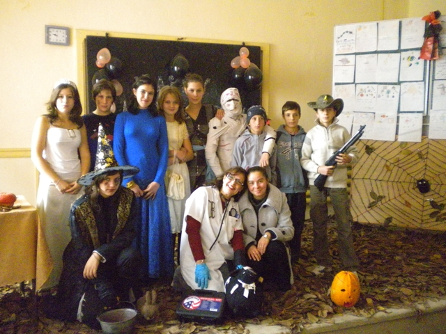 Grade Eight Halloween 2009 Romania