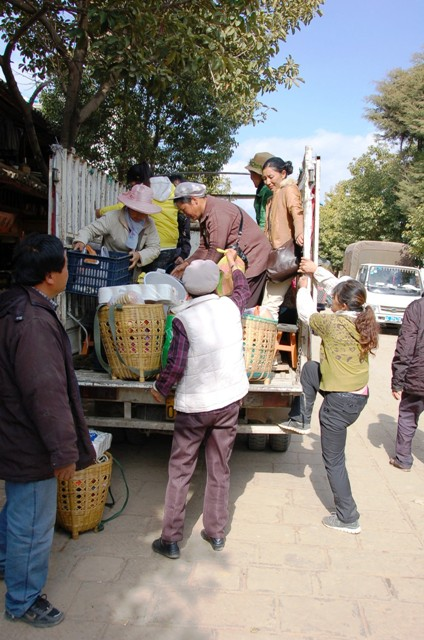 The Local Shaxi Market Shuttle Bus! Shoppers packing up to return to their villages.