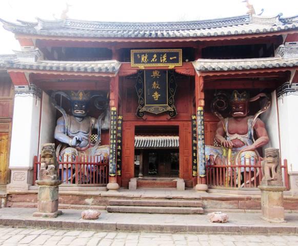 Shaxi Xingjiao Temple on Sideng Square