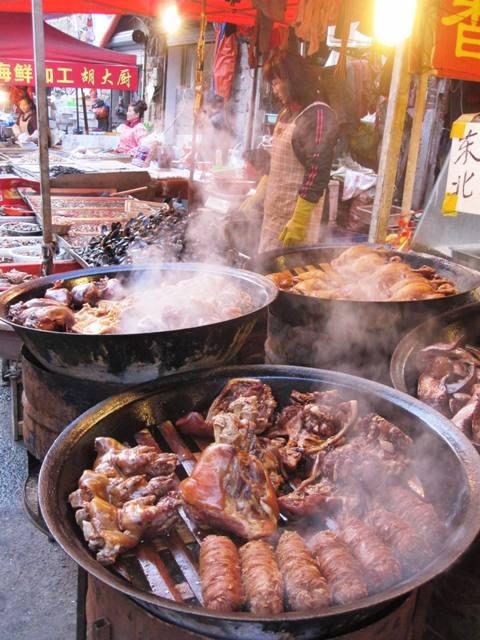 Qingdao street market