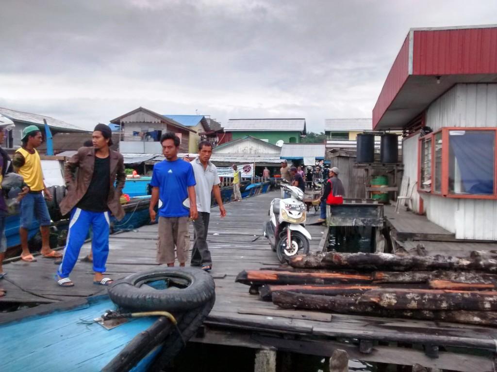 Leaving Kampung Baru Wharf