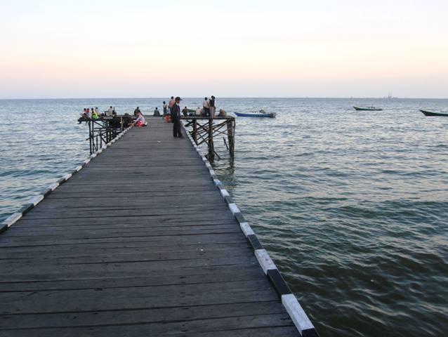 Klandasan Pier
