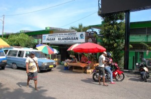 View of Pasar Klandasan from parking lot