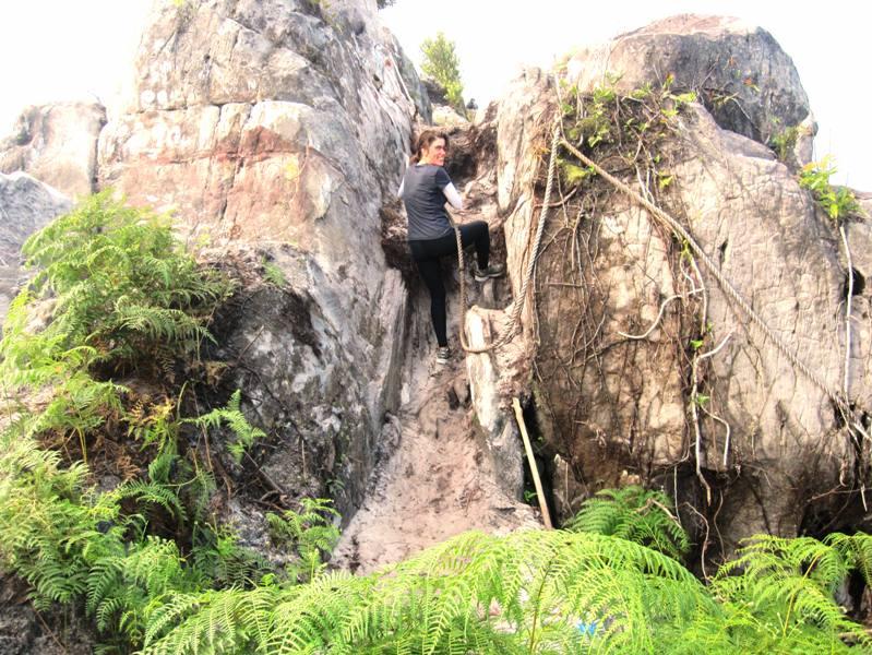 Bukit Dinding: Climbing the ropes up Wall Hill.Kilometer 45 Samarenda Road