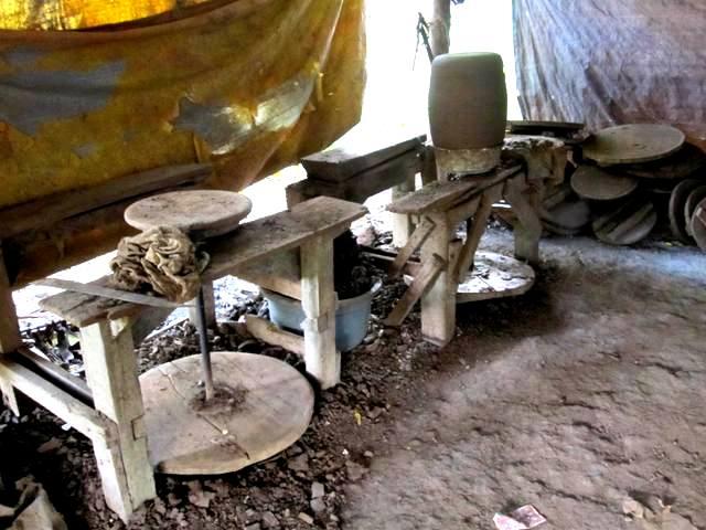 Pottery workshop in Pulutan