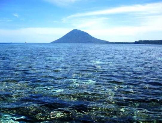 Snorkeling Bunaken Island