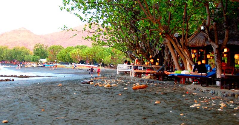 Beach cafes at Pemuteran