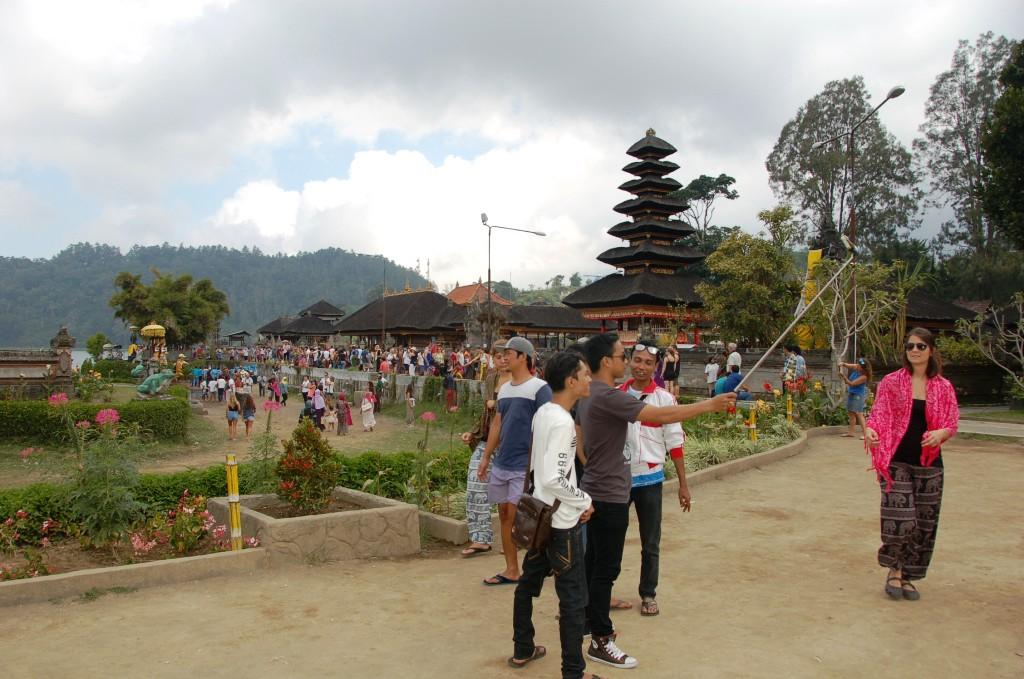 selfies at Pura Dana Bratan.Important Bali Temples