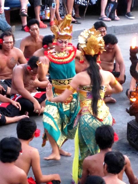 Kecak Dance at Pura Ulu Watu (5)