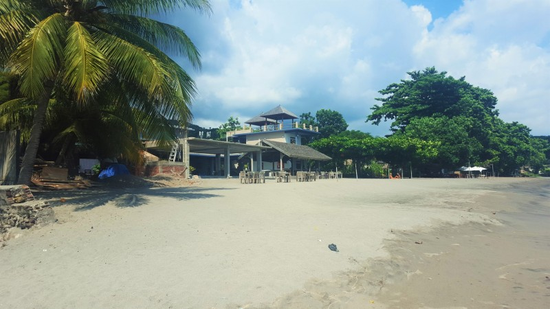 Cafe Albertos from the Senggigi Beach