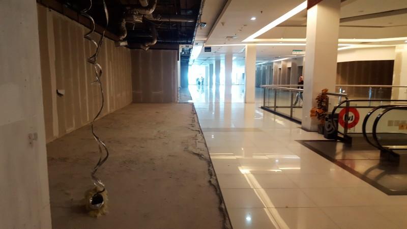 Abandoned floors at Balcony Mall, Balikpapan Indonesia
