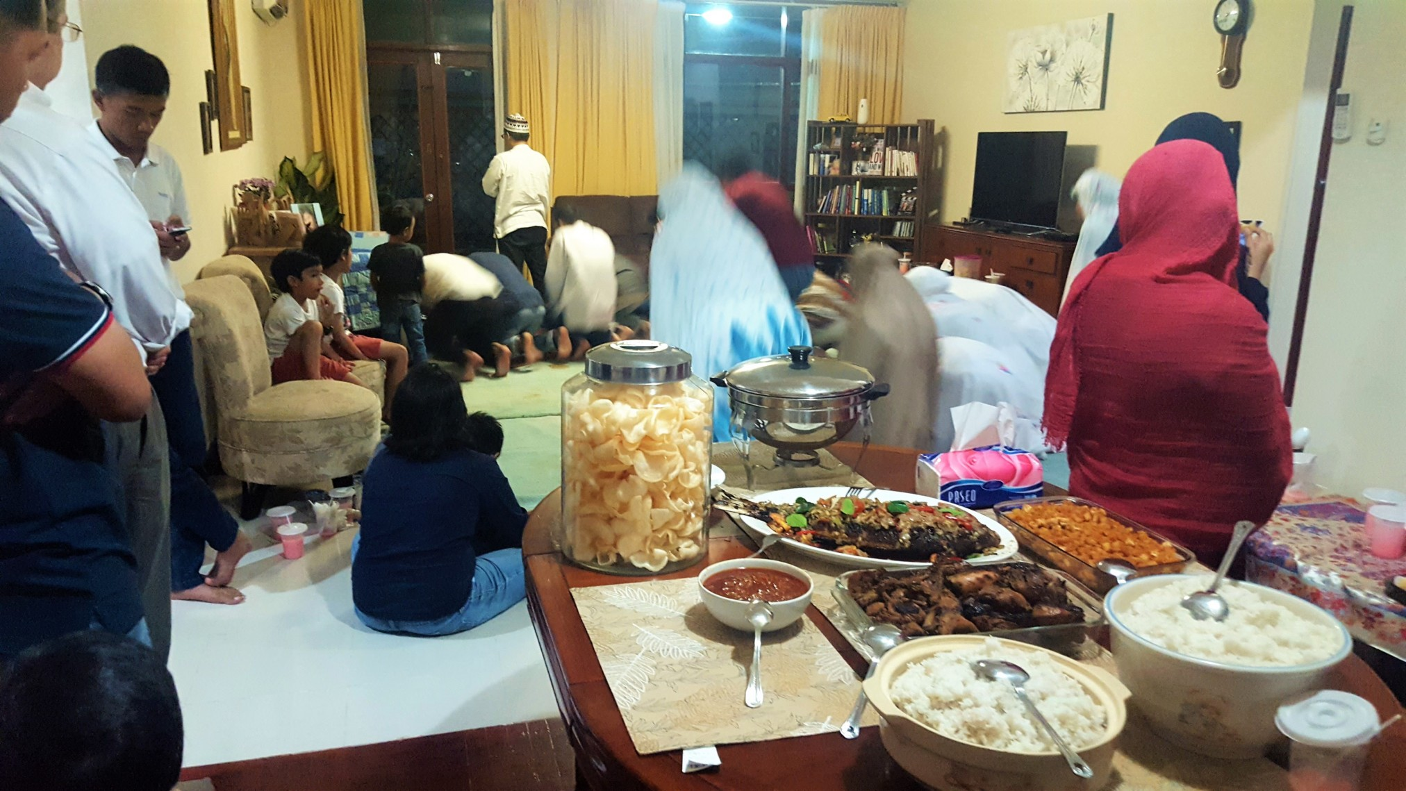 Experiencing Iftar: Breaking the Fast during Ramadan